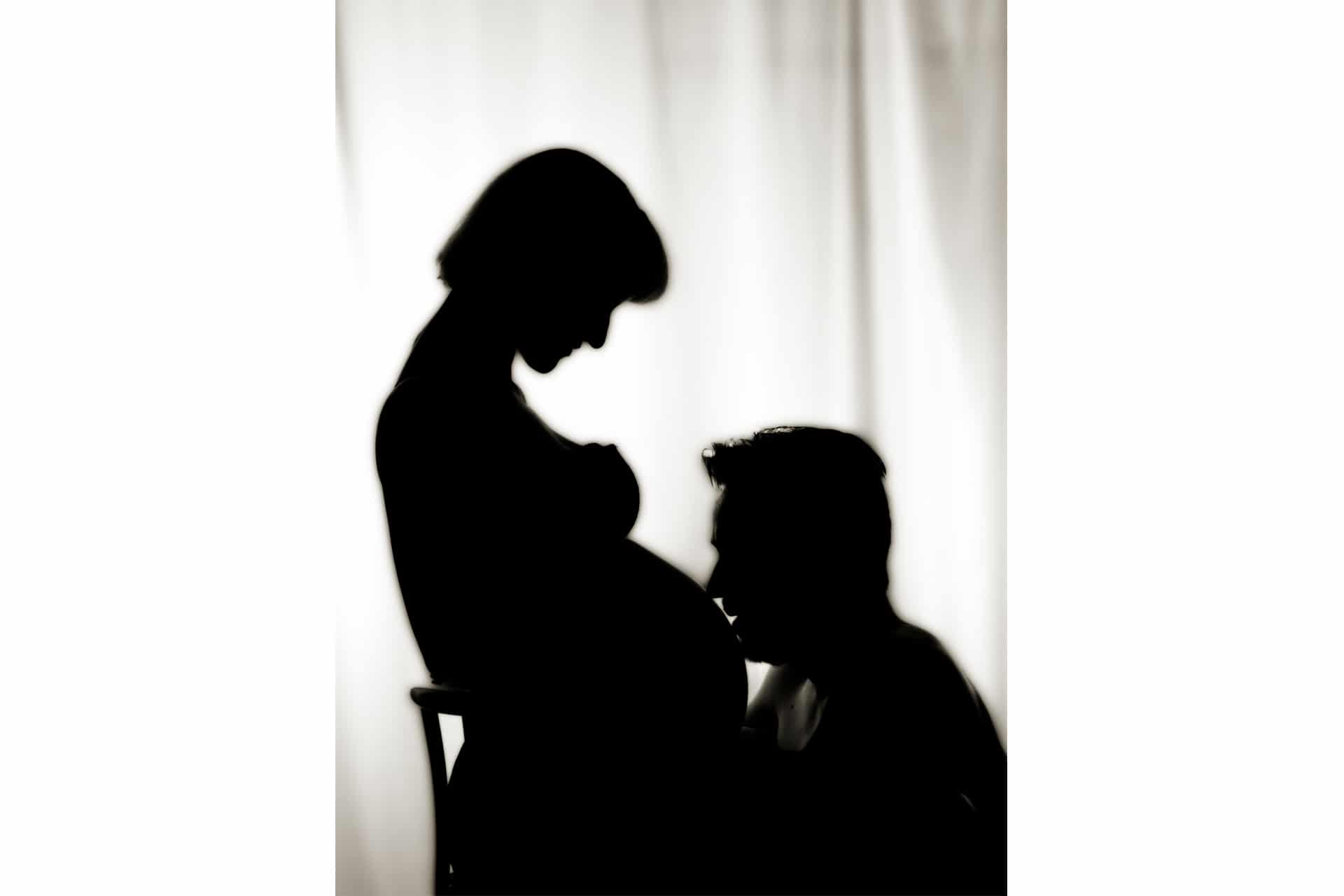 Fotos vom Babybauch in Murnau - Babybauch Shooting - Babybauchfotografie - Schwangerschaftsfotos - Babybauchfotos - Foto Stoess-1