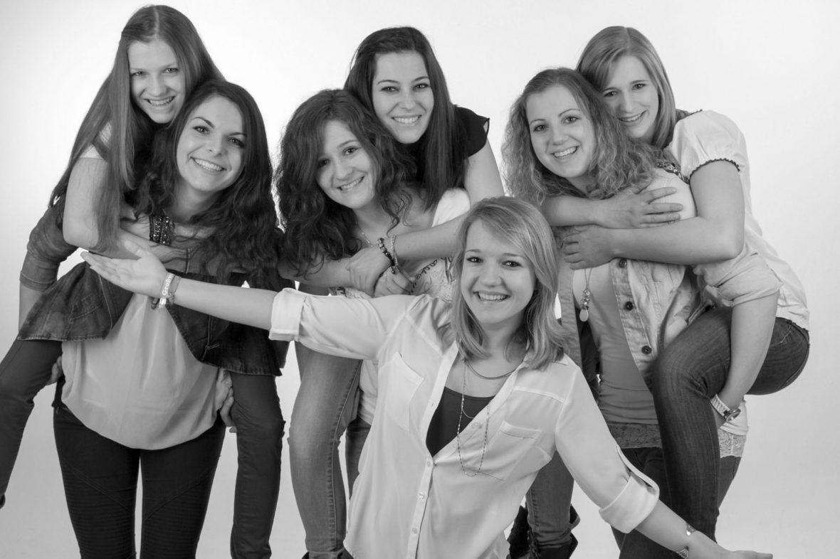 Freundschaftsfotos - Schnapp Dir Deine Freunde und Freundinnen - Foto Stoess Murnau-1